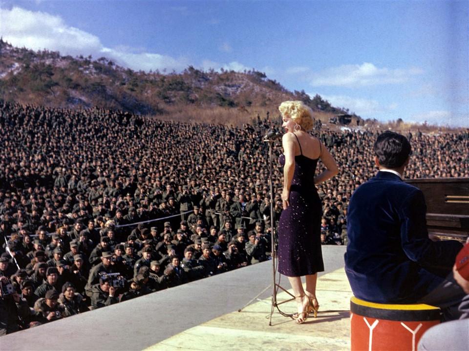 10 Marilyn Monroe concert de Corée - DR