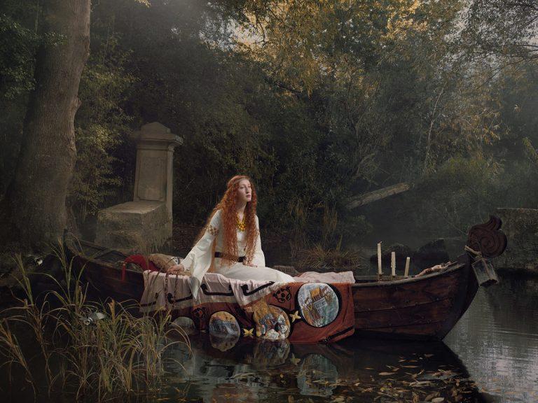 Princesse sur une barque