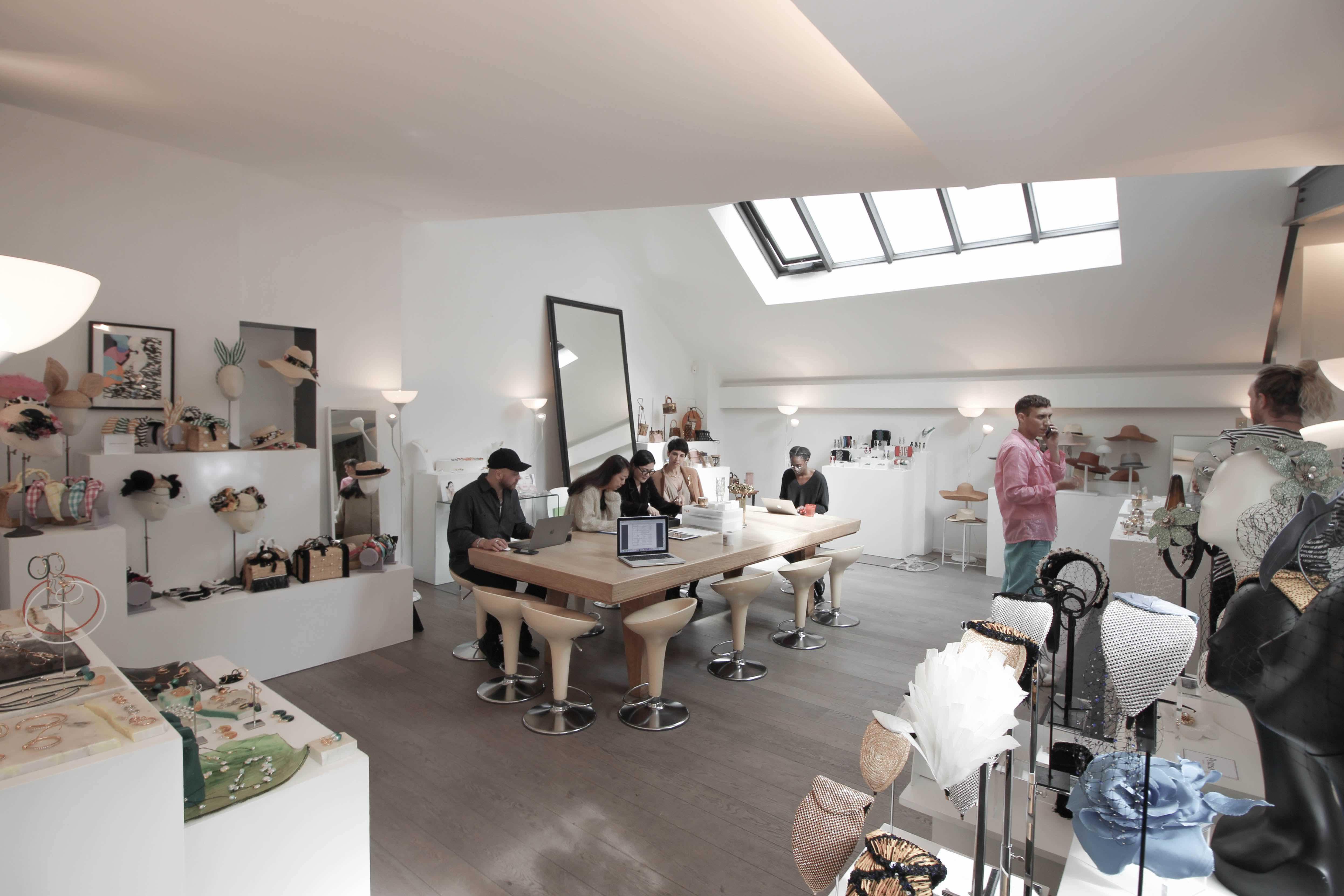 Galleries in rent in Paris