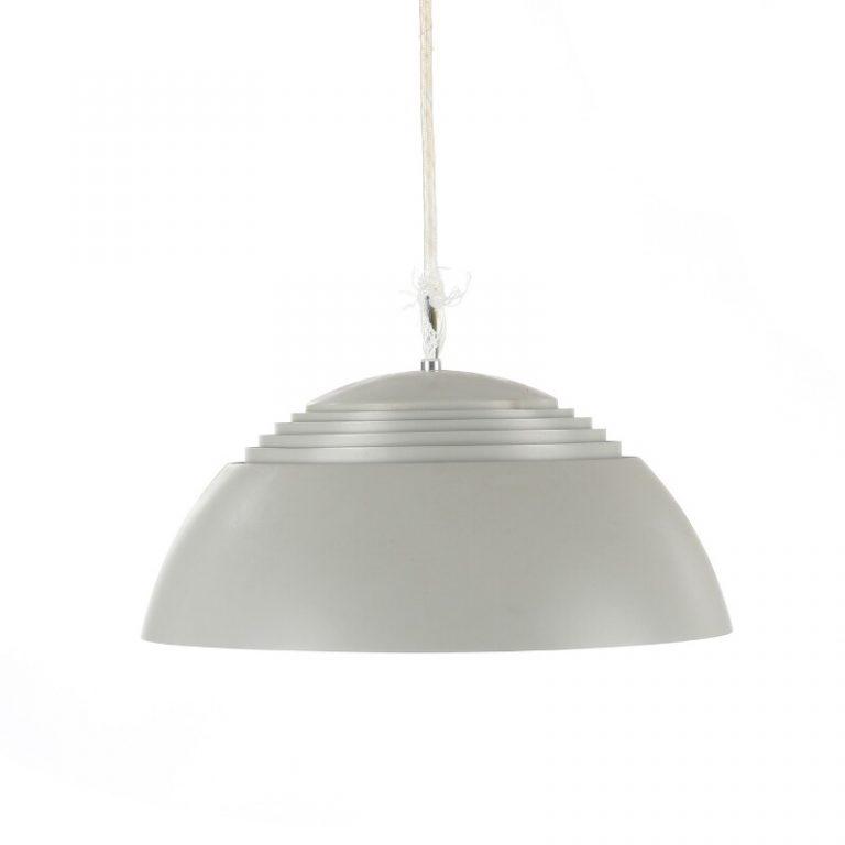 Arne Jacobson, la lampe